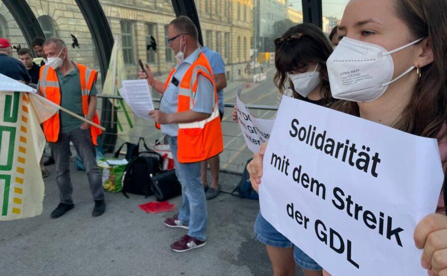 Entschlossene Stimmung beim GDL-Streikposten in München
