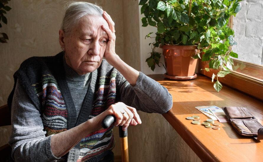 Altersarmut bis zum Tod: Flaschensammeln und Minijobs mit 80 Jahren