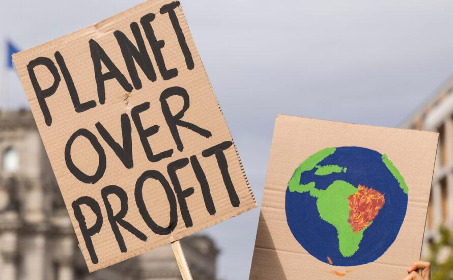 KGK goes Klimastreik in München und Berlin: Unser Klima ist mehr wert als ihre Profite!