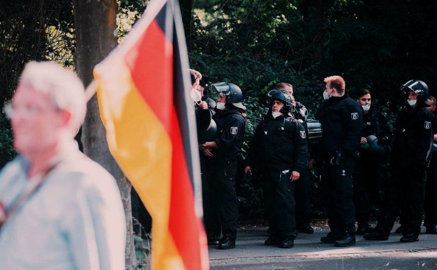 Warum Rechte marschieren dürfen, während die Demonstration in Hanau verboten wurde
