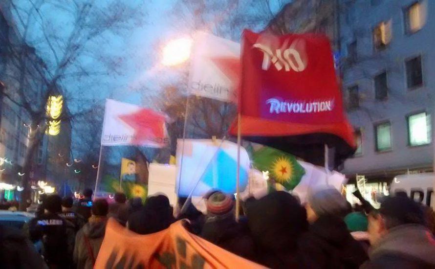 Tausende gegen das PKK-Verbot