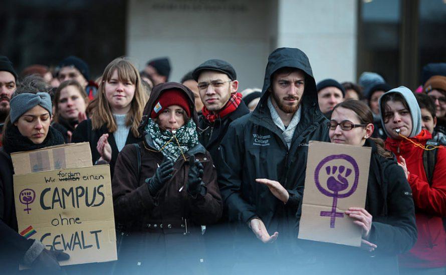 Der Sexismus sitzt tief – Kundgebung gegen sexuelle Übergriffe an der Universität Frankfurt