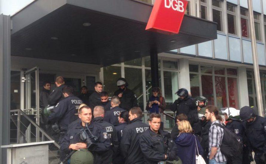 Refugees aus dem Berliner Gewerkschaftshaus geräumt