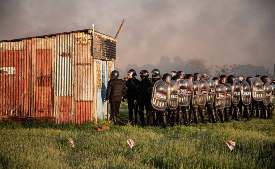 Argentinien: Regierung brennt bei Massenräumung von Landbesetzungen Hütten nieder