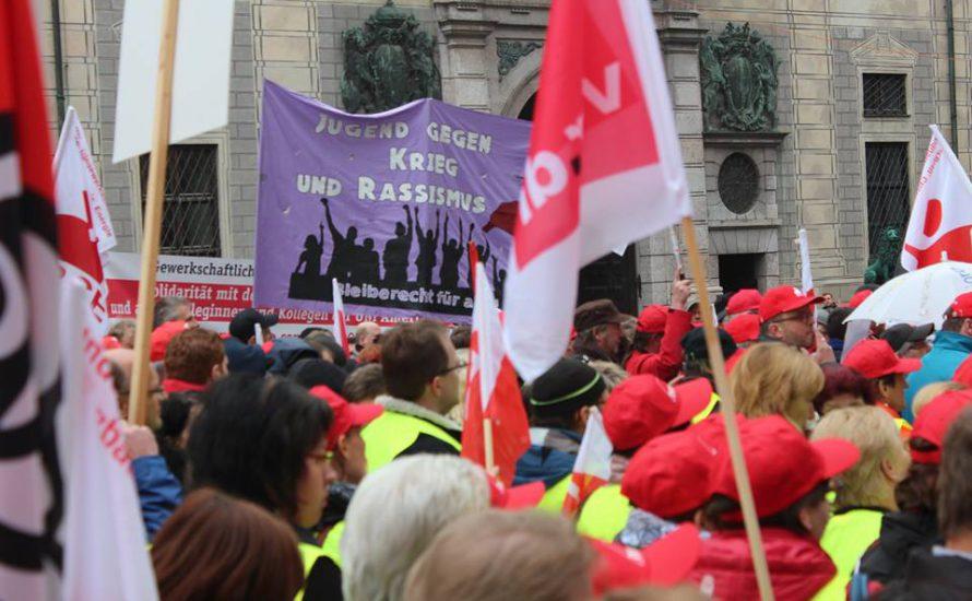 DGB-Kundgebung in München: Wie müssen wir uns gegen Leiharbeit und Werkverträge wehren?