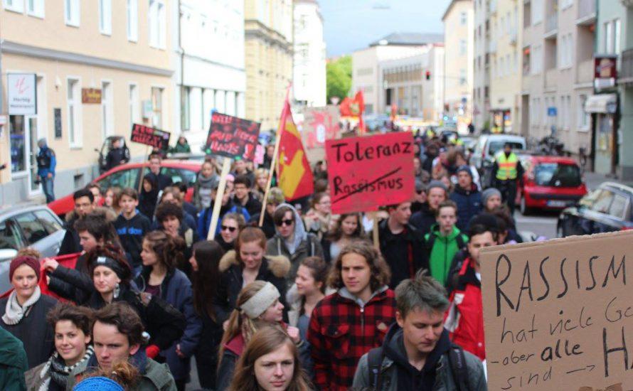 [Video] München: Schulfrei gegen Nazis und Staat