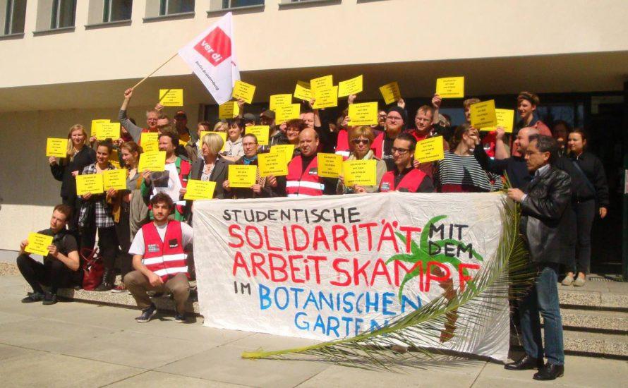 Arbeiter vom Botanischen Garten grüßen den Schulstreik gegen Rassismus