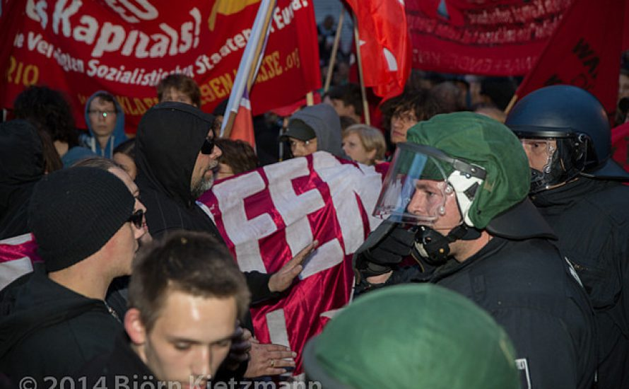 1. Mai: Zehntausende auf der Straße trotz Repression