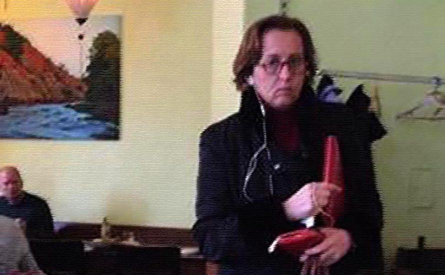 Was würdest du machen, wenn du Beatrix von Storch im Restaurant begegnen würdest?