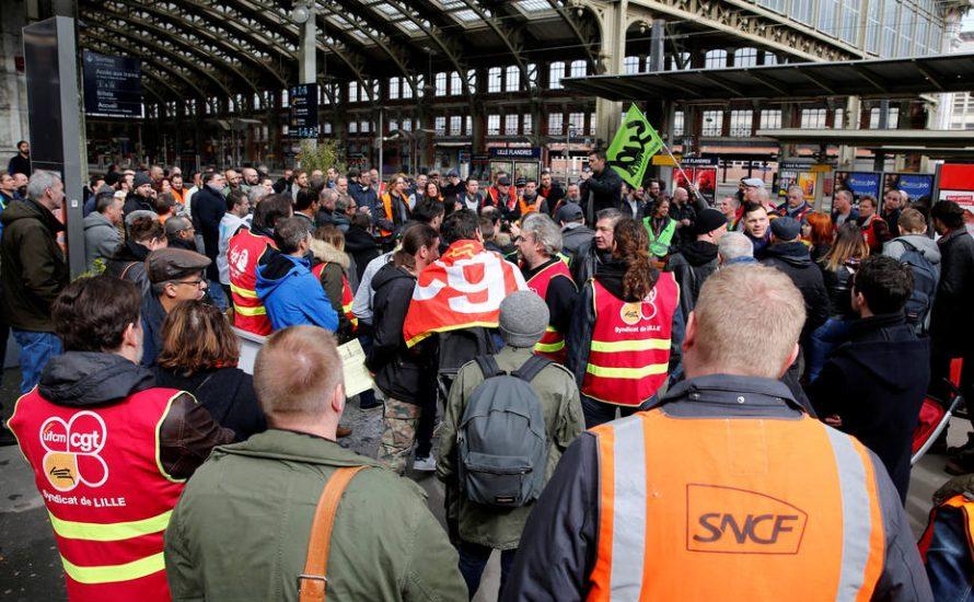 Streik gegen Macrons Reformen legt Frankreichs Eisenbahnen lahm