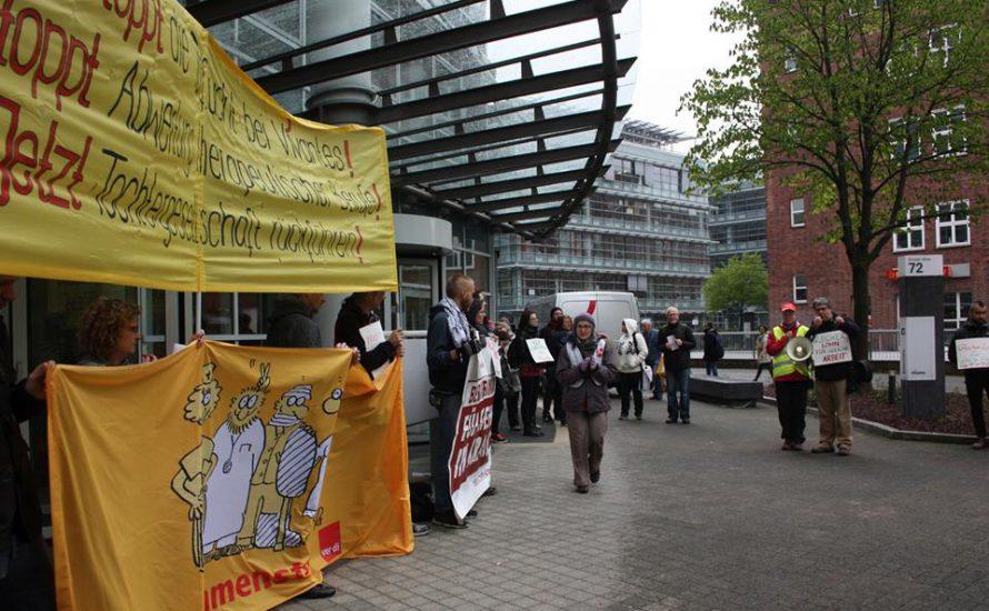Arbeiter*innenprotest zur Aufsichtsratssitzung von Vivantes