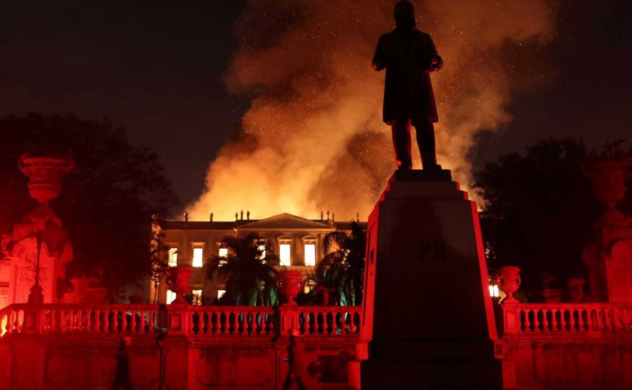 Brasilien in der Krise: Austerität vernichtet Nationalmuseum, Gericht verbietet Lulas Wahlantritt