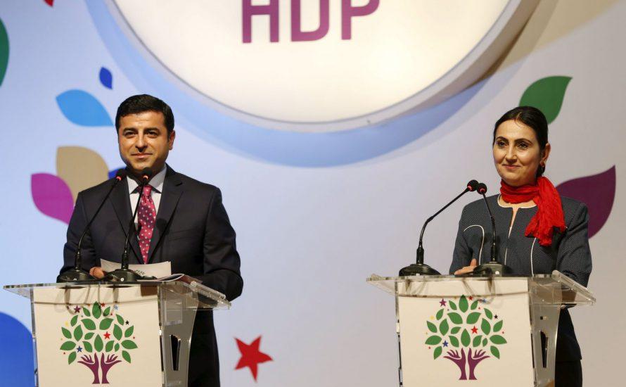 AKP'nin kanlı seçim zaferinden sonra ne olacak?