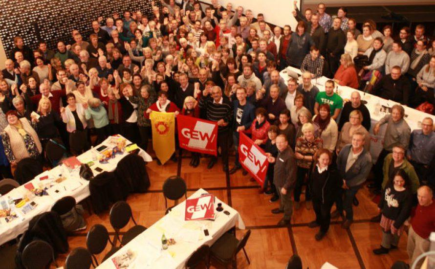 GEW: Solidarität mit den Kolleginnen und Kollegen an den Bildungseinrichtungen in der Türkei!