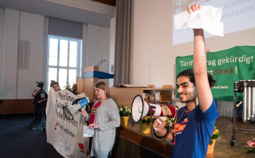 TV-Stud-Aktivist*innen stören Ersti-Begrüßung an der HU Berlin [mit Video]
