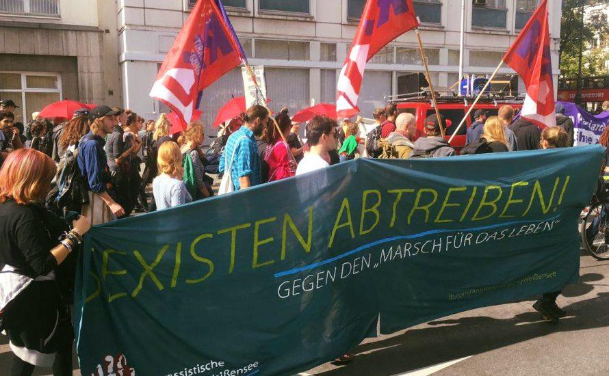Berlin: Tausende gegen christliche Fundamentalist*innen und die Festung Europa [mit Fotos]