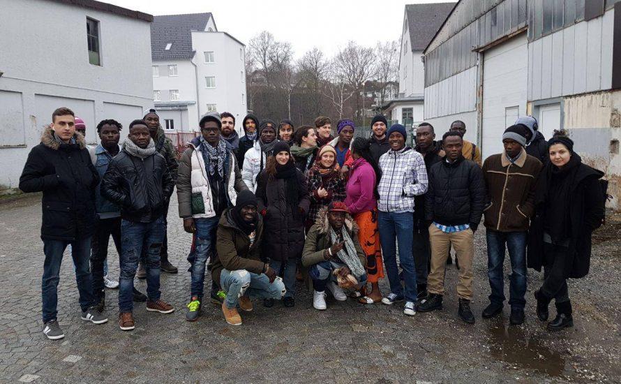 Keine stille Nacht in Deggendorf: Refugee-Demos gegen Abschiebungen und Nazis