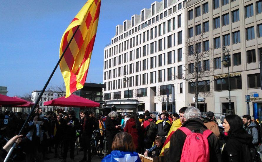 Berlin: Kundgebung zur Freilassung von Carles Puigdemont