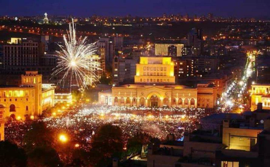 Armenien: Massenaufstand stürzt Premierminister Sargsyan
