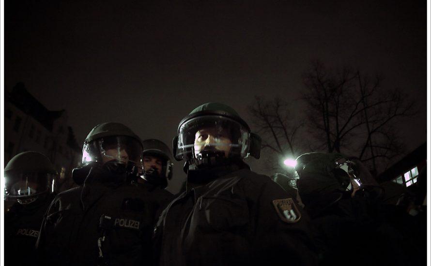 #Coronarealität: Berliner Polizei unterdrückt Queers