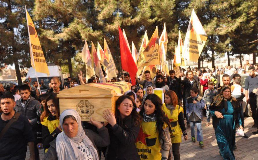 Ein alltäglicher Staatsmord an Kader Ortakkaya: Unter ihrem Grabstein liegt eine Weltgeschichte