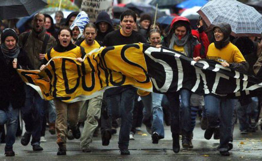 Solidarität den LehrerInnen: Schulstreik!