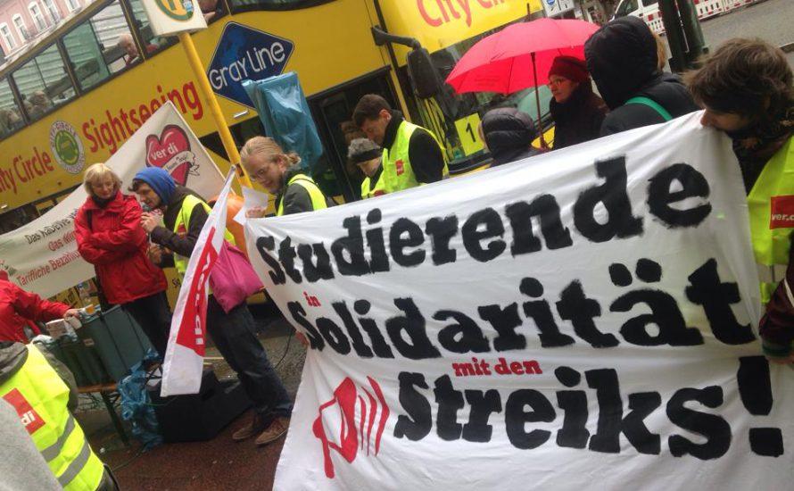 Studierende in Solidarität mit den Streiks