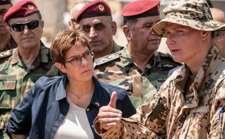 AKK will kurdische Gebiete mit Bundeswehr besetzen