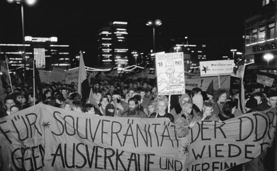 Ein Überblick zu DDR, kapitalistischer Wiedervereinigung und revolutionärem Sozialismus heute