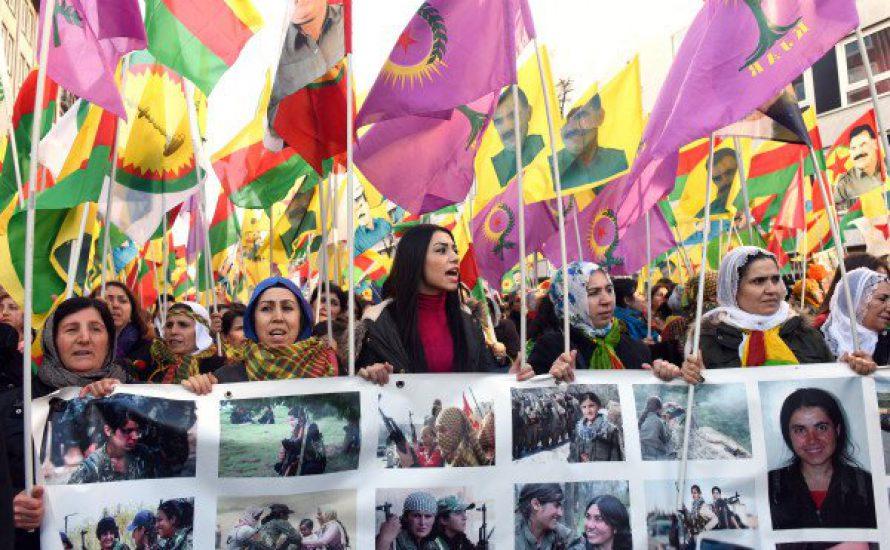 15.000 Menschen marschieren gegen die Massaker in der Türkei
