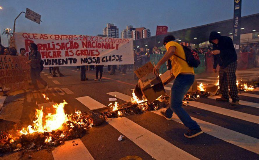 WM in Brasilien: Die ArbeiterInnenklasse betritt das Stadion