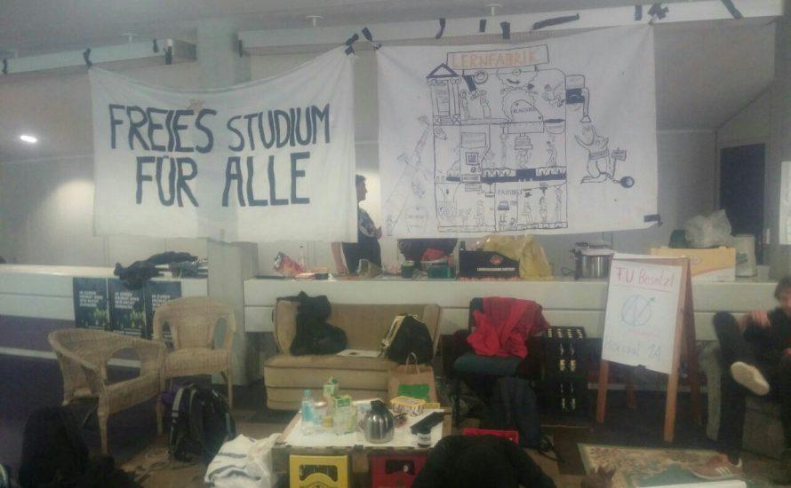 FU lässt besetzten Hörsaal mit Polizei räumen - weitere Aktionen angekündigt