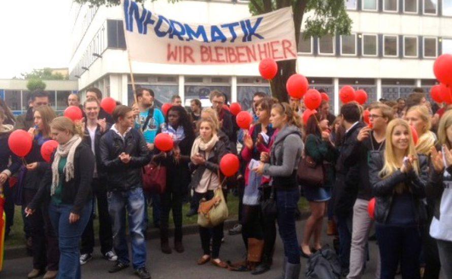 Uni Potsdam: Demo gegen Fakultätsschließung