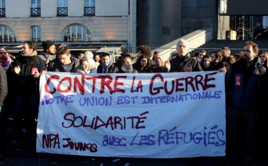 Paris: Mehr als 500 Menschen demonstrieren trotz Ausnahmezustand für Geflüchtete