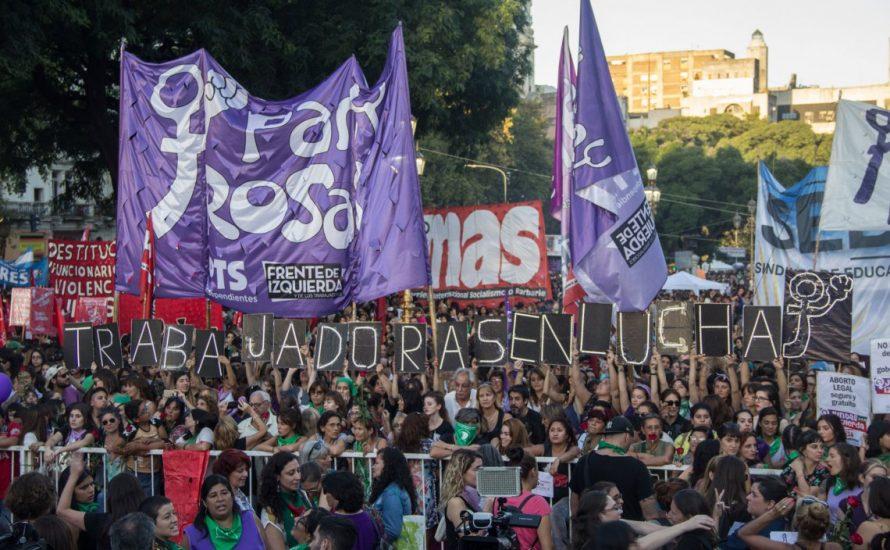 #8M in Buenos Aires: Mit den Arbeiterinnen in der ersten Reihe für das Recht auf Abtreibung