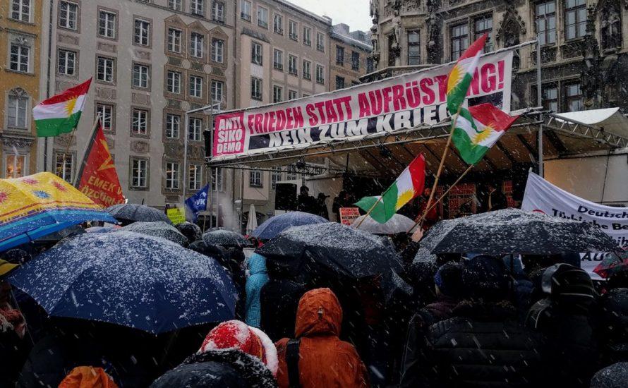 Trotz Schnee und Kälte gegen die Sicherheitskonferenz [mit Video]
