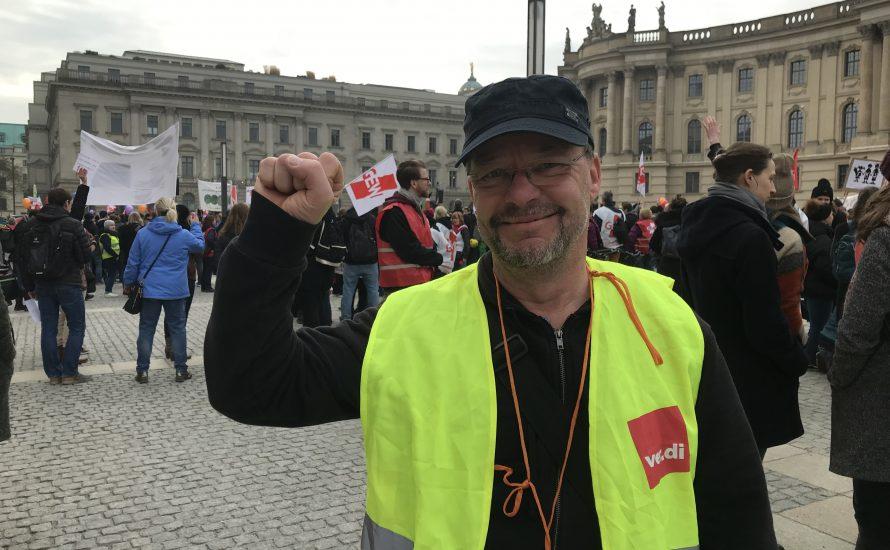 """ver.di aktiv:  """"Wir als Basisgewerkschaftsgruppe fordern unsere Gewerkschaftsführungen auf, gemeinsame Streiks zu organisieren"""""""