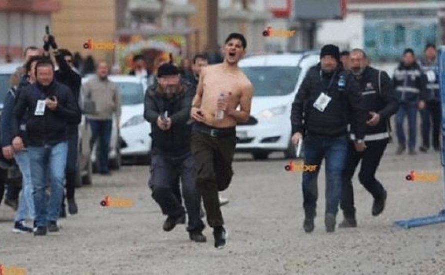 Kemal Kurkut: Acht Fotos und ein ermordeter kurdischer Jugendlicher
