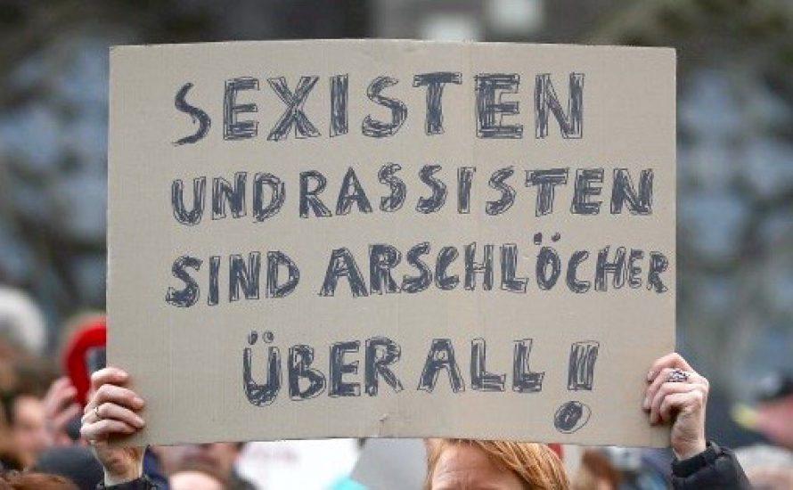 Antisexistische Wandzeitung!
