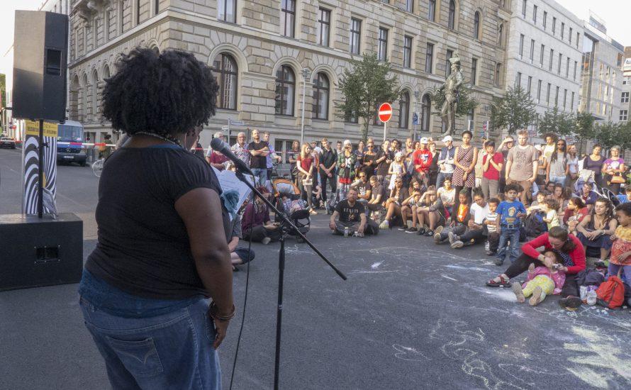 Die Berliner Zeitung wünscht sich den Adolf-Hitler-Platz zurück