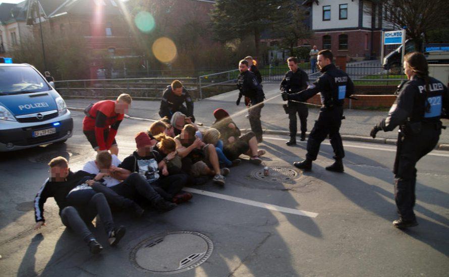 Pfefferspray gegen Sitzblockaden – Ramelow muss zurücktreten!