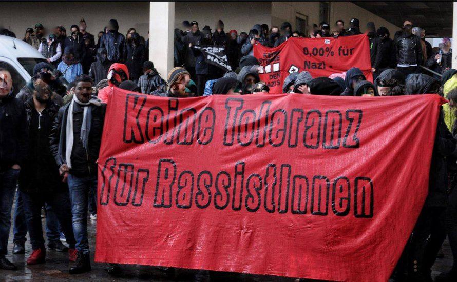 Potsdam: Kämpferische Demonstration trotzt dem Hagelsturm!