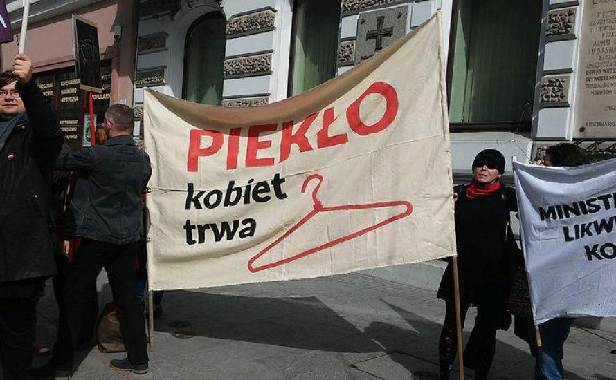 Verschärfung der Abtreibungsgesetze: Warum wir jetzt alle nach Polen schauen sollten