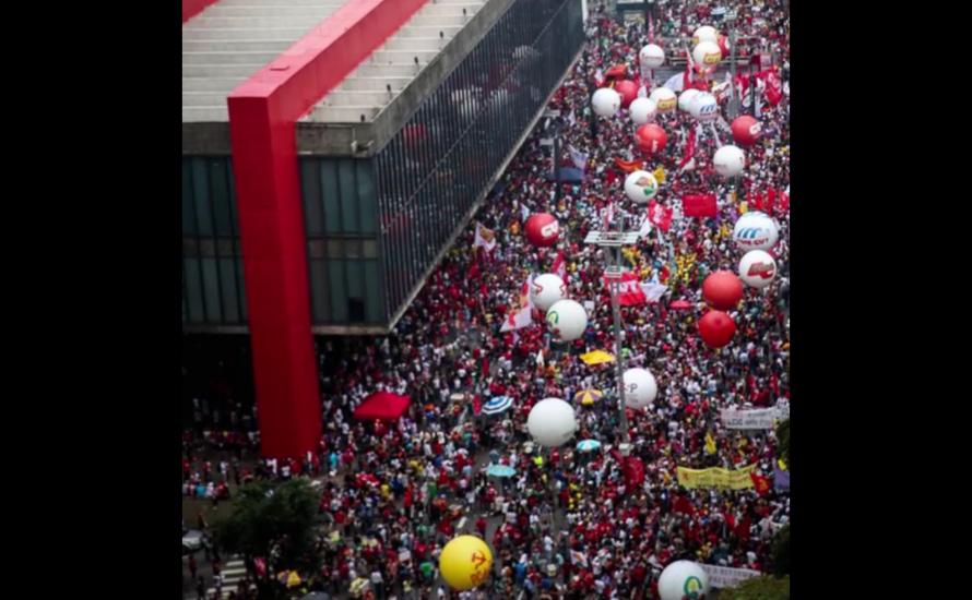 [Video] Massive Streiks in Brasilien am 15. März