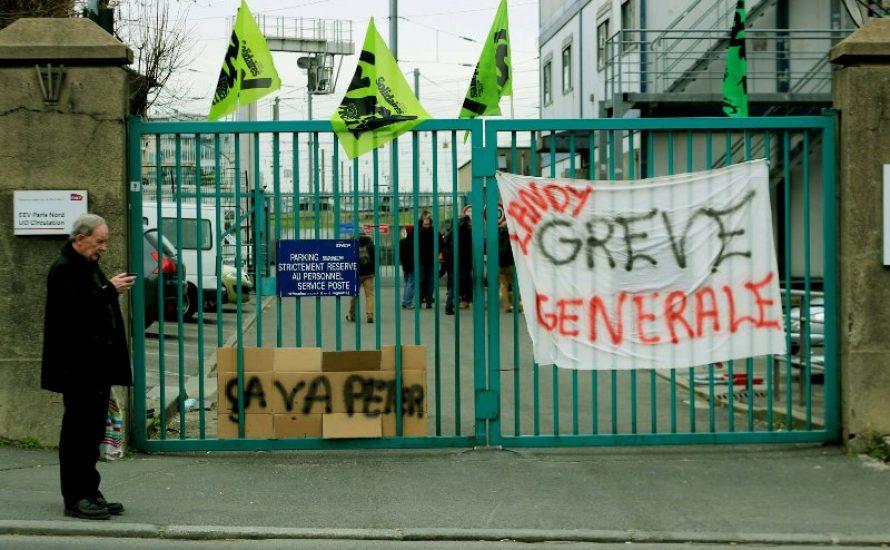 Gewaltige Streiks in Frankreich: Eisenbahner*innen bieten Macron die Stirn