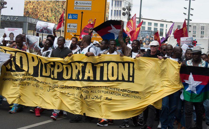 500 demonstrieren gegen Abschiebungen in den Sudan [mit Video und Fotogalerie]