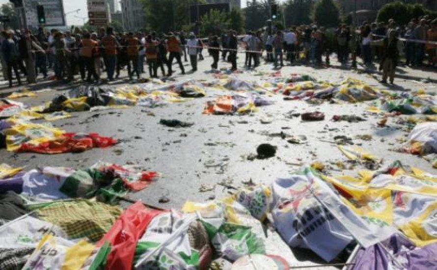 Der blutige Bonaparte Erdogan: Mörder von 86 Menschen auf einer Friedenskundgebung!