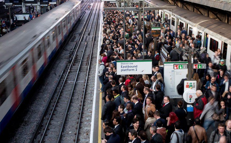 U-Bahn-Streik legt London lahm – die Bahner*innen folgen heute