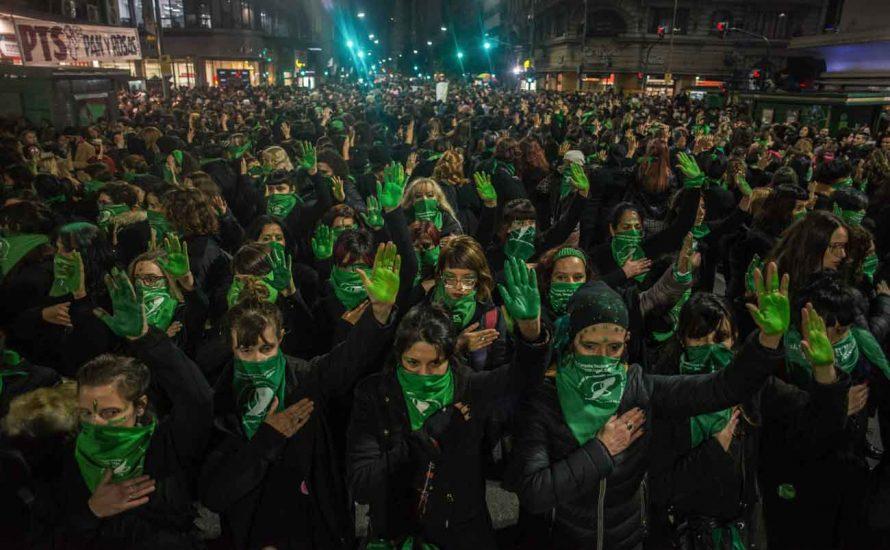 Argentinien: Historische Abstimmung und großer Sieg für die Abtreibungsbefürworter*innen
