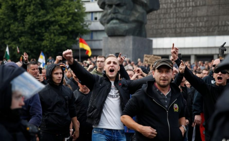 [Video] Nazis in Chemnitz: